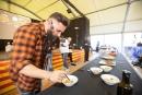 El cuiner Marc Ribas durant Joc de mongetes