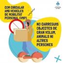 No carreguis objectes de gran volum, animals ni altres persones