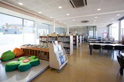 Interior de la Biblioteca Municipal (2)