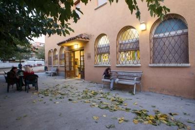 Entrada del Casal Cultural de Corró d'Avall